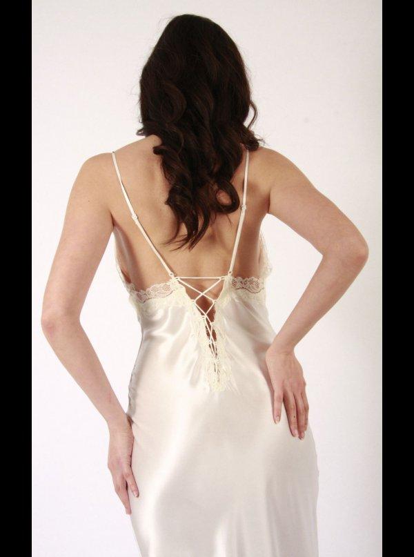 ... Liliana Casanova Paris Liliana Casanova – Montmatre – Long Silk  Nightdress. ‹ 84f9e7245