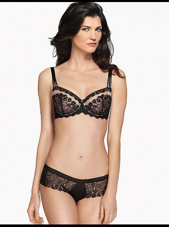 Wacoal Captivation Black Underwire Bra