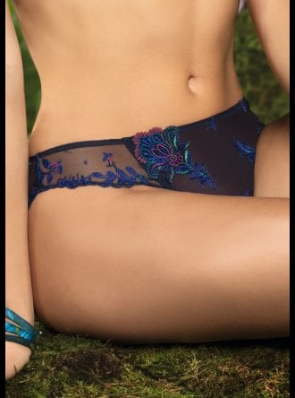 Lise Charmel - Foret Lumiere - Brief