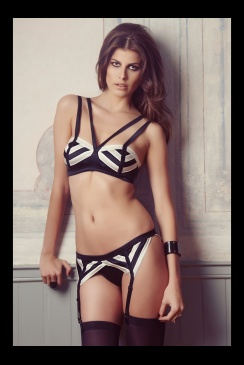 Else lingerie - Chevron Silk Suspender Thong