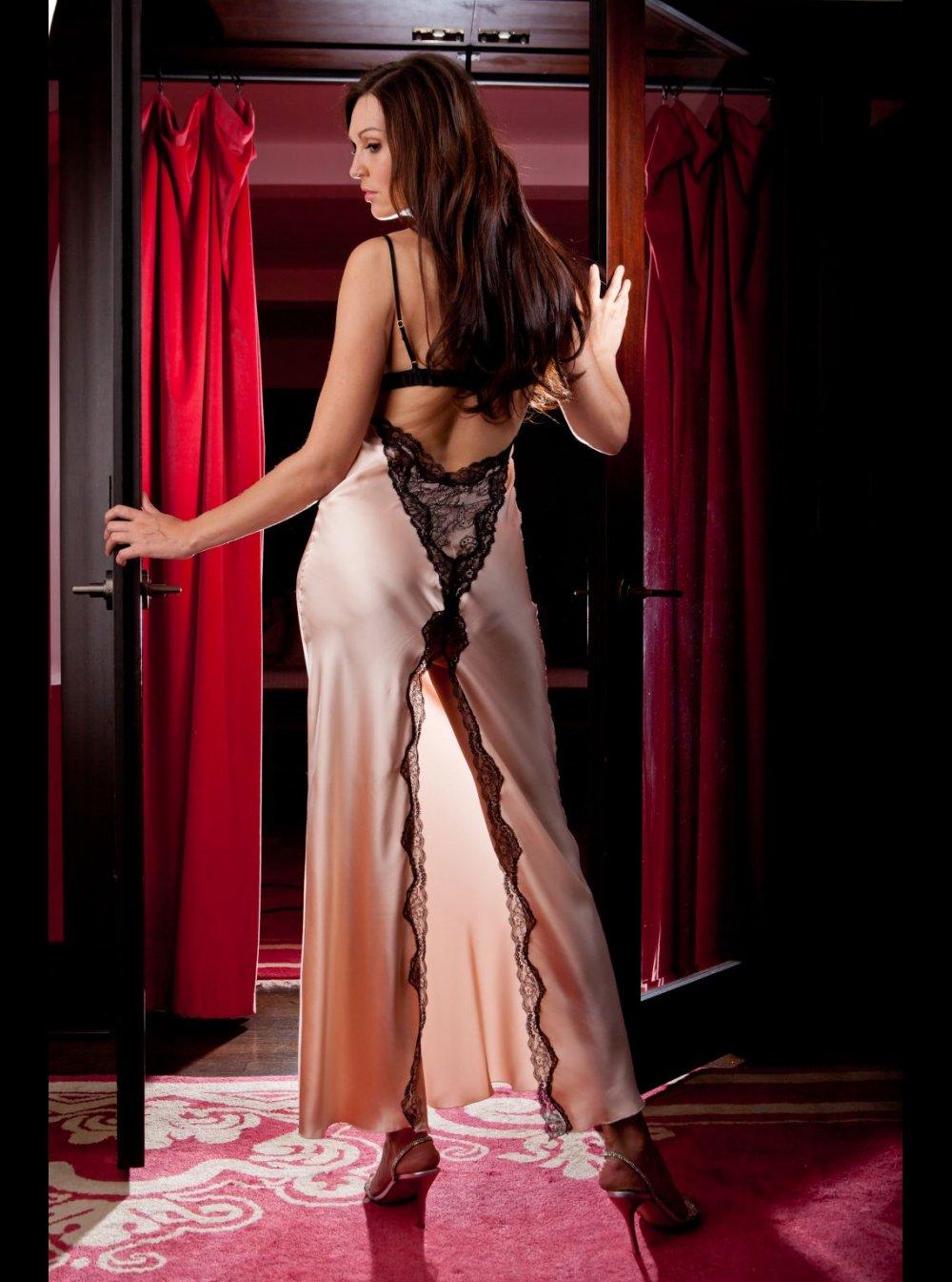 e24f5ddff8 Jane Woolrich - Silk Nightdress - 8276
