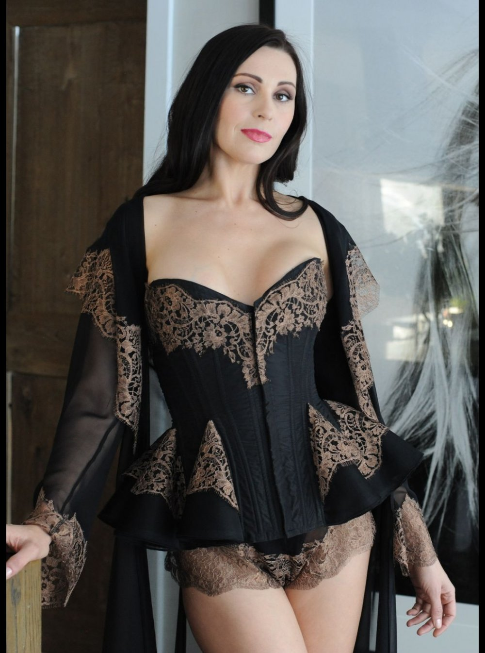 14ef99927edba Buy Luxury Designer Burlesque Costumes & Lingerie Online | Honeys ...